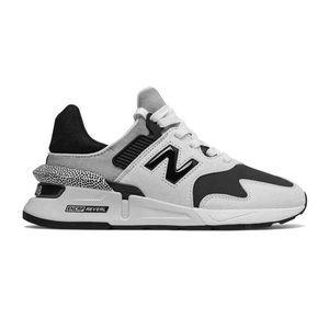 New Balance 997 Womens Sport Sneaker